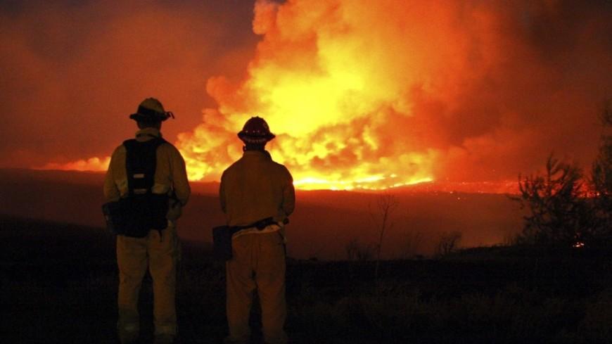 "Фото: Sgt. Christopher A Green, ""Минобороны США"":http://www.defense.gov/, огонь, пожар, пожарные, пожарные сша, взрыв"