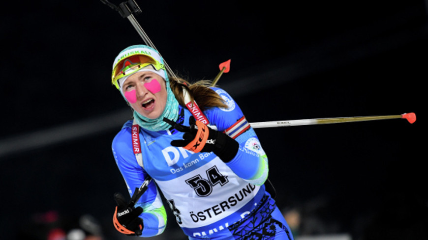 Биатлонистка Домрачева выиграла спринт на этапе КМ в Австрии
