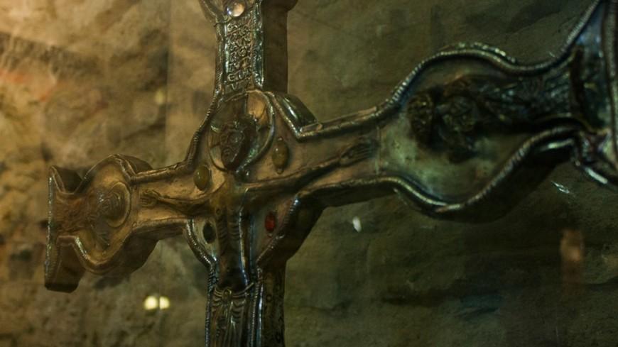 Бедро статуи Христа оказалось капсулой времени XVIII века