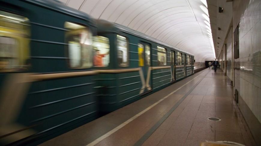 Московский метрополитен водностороннем порядке расторгает договор сподрядчиком рекламы