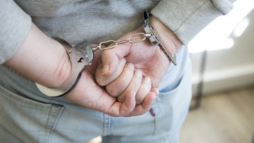 Наручники,наручники, арест, преступник, правосудие, мужчина, ,наручники, арест, преступник, правосудие, мужчина,