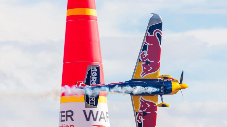Небесная «Формула-1»: авиаслалом вскружил головы пилотам и зрителям