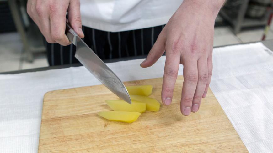 Гарнир на скорую руку: картофель с сыром в микроволновке