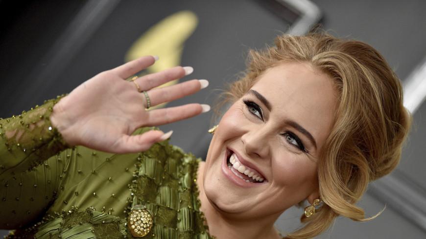 «Грэмми-2017»: Адель отказалась от награды в пользу Бейонсе
