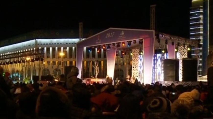 Огненный Петух принес теплую новогоднюю ночь в Алматы