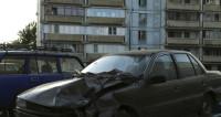 Пьяный москвич протаранил 9 машин на парковке