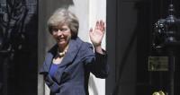 Тереза Мэй официально назначена премьером Британии