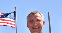 Столтенберг: НАТО не хочет холодной войны с Россией