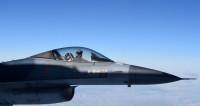 Истребитель врезался в базу НАТО: десять жертв