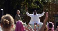 В индийских университетах появятся кафедры йоги