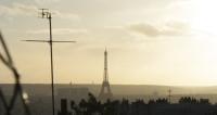 В Париже находятся несколько тысяч российских туристов