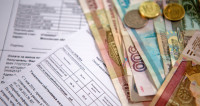 Долги мешают миллиону россиян покинуть пределы страны