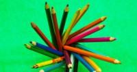 Канцелярская бижутерия: мастер из Армении делает сережки из карандашей