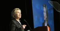 Американские звезды в шоке: кто не смирился с поражением Хиллари?