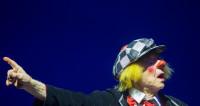 Клетчатая кепка, добрая улыбка: «Солнечный клоун» ушел в закат
