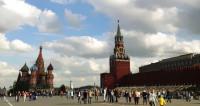 Китайских туристов в России привлекают советские памятники и женщины