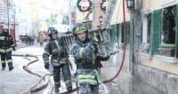 В Саратове одновременно загорелись три дома