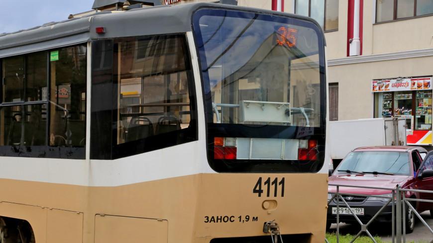 Мировой рекорд: Россиянка сдвинула с места трамвай с пассажирами