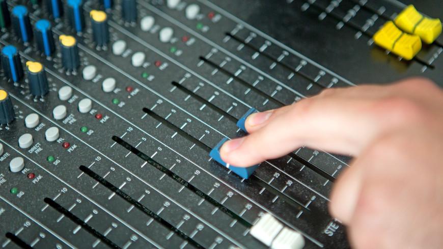 Радио «МИР» собрало в Рязани самых популярных артистов 90-х