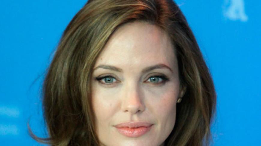 Джоли после развода с Питтом превратилась в «скелет»