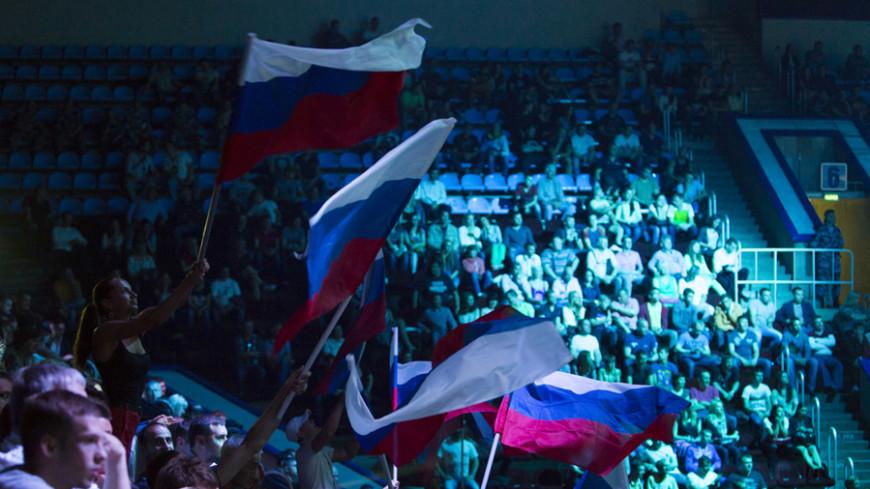 Россияне, осужденные за беспорядки на Евро-2016, вернулись домой