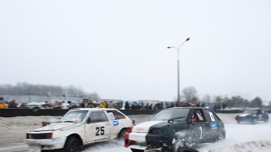 Ралли-рейд в Алабино: снежные заносы на предельной скорости
