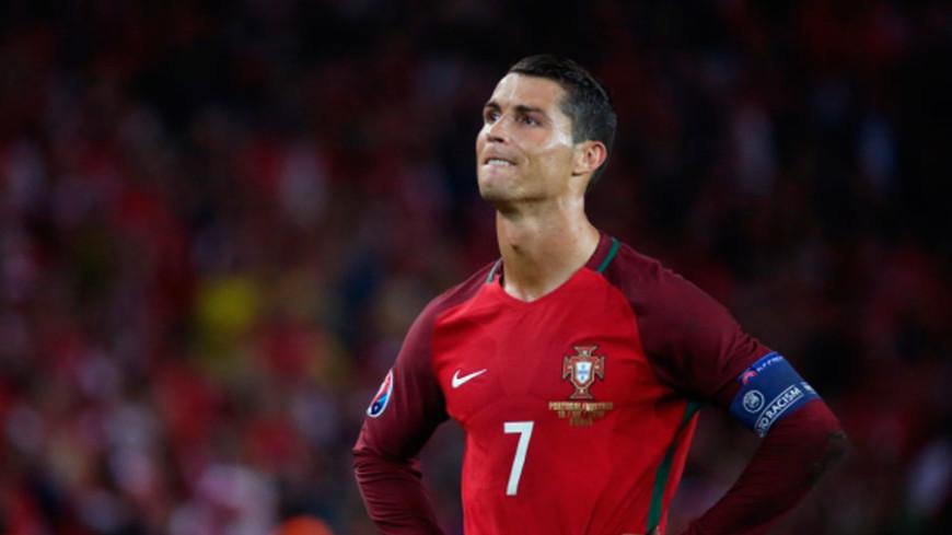Кулинарный поединок: Роналду сыграл в футбол апельсином назло Уэйду