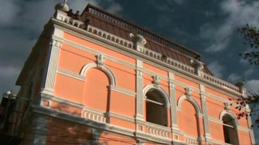 Дворец Манук-Бея: новая жизнь заброшенной усадьбы