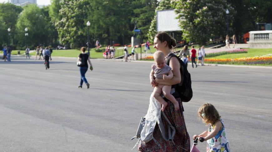 Выплаты материнского капитала могут продлить до 2050 года