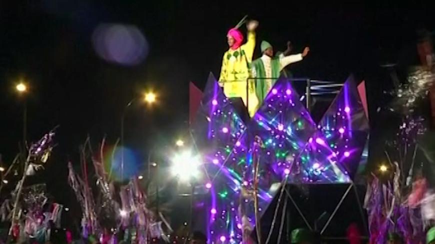 Рождество в Мадриде отметили парадом трех королей