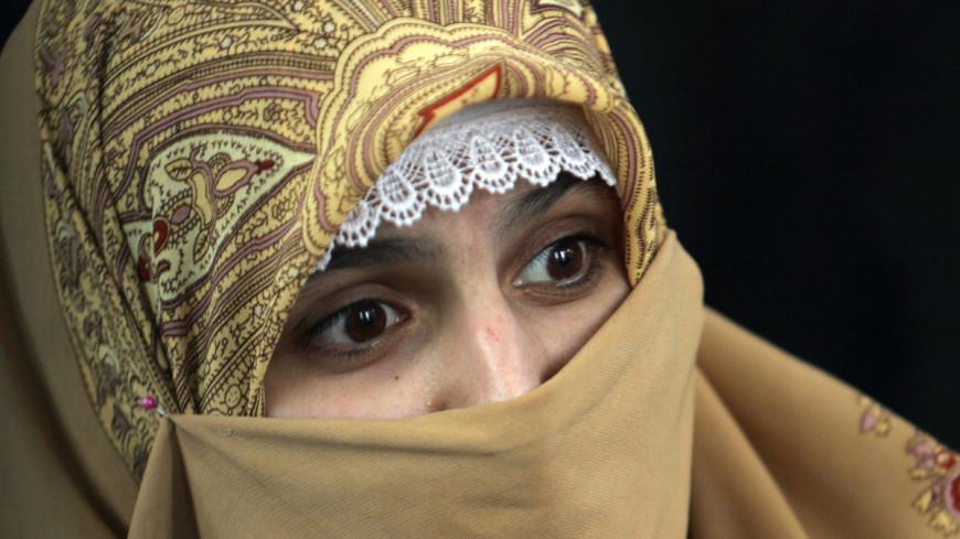 В Латвии мусульманкам разрешили носить паранджу с нацузорами