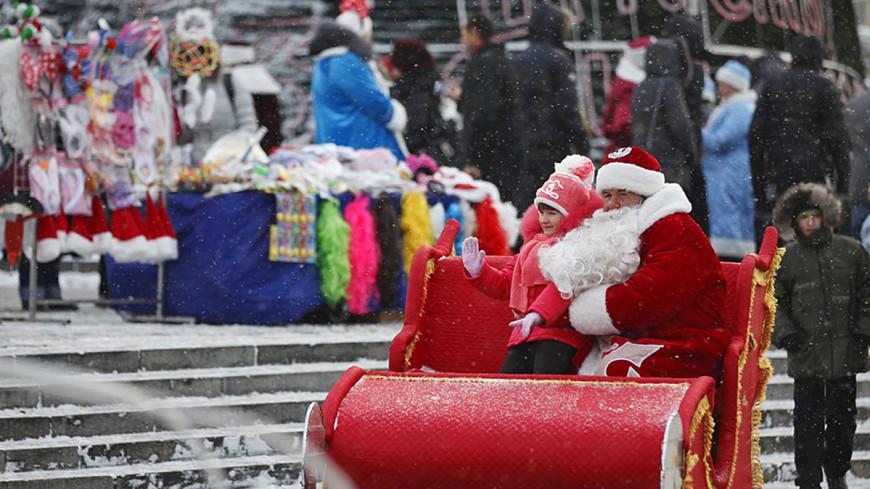 Не сказки: в сеть «слили» данные написавших Деду Морозу детей