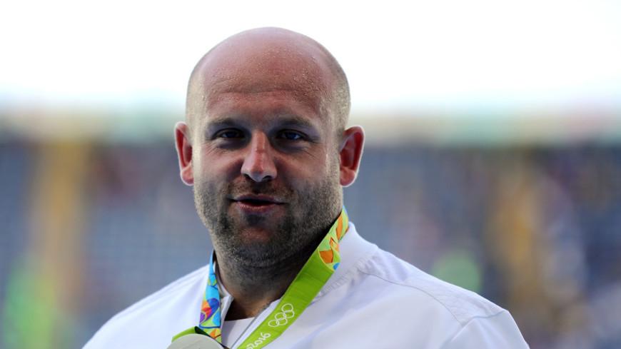 Поляк пожертвовал олимпийской медалью ради ребенка