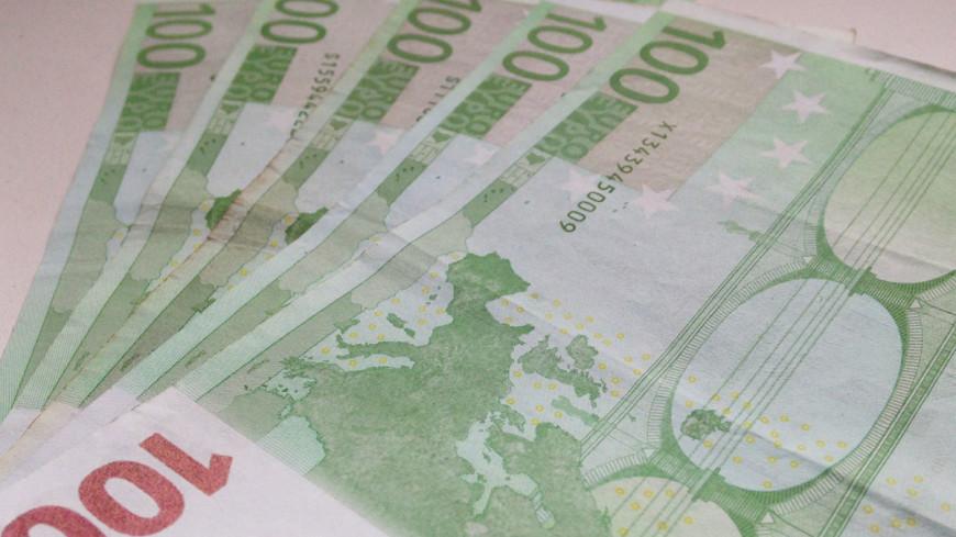 Писатель получил 10 тысяч евро за одно предложение