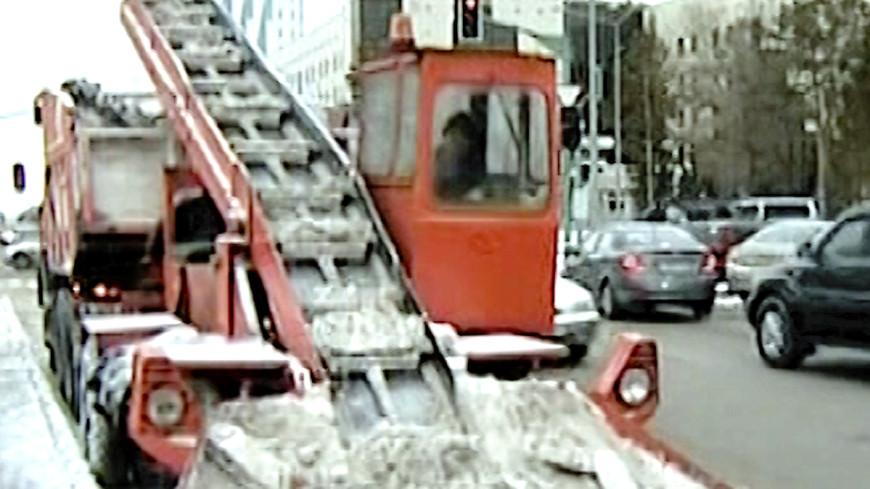 Компании в Астане штрафуют за некачественную уборку снега