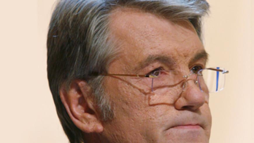 Ющенко прочитает лекции по пчеловодству польским бортникам