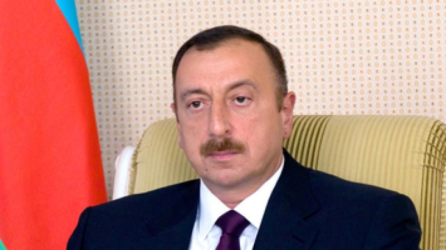 Алиев принял посла Казахстана в связи с завершением его дипмиссии