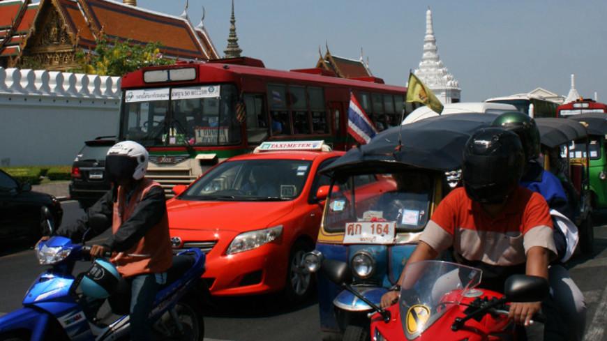 Посольство России рекомендовало воздержатьcя от поездок в Бангкок