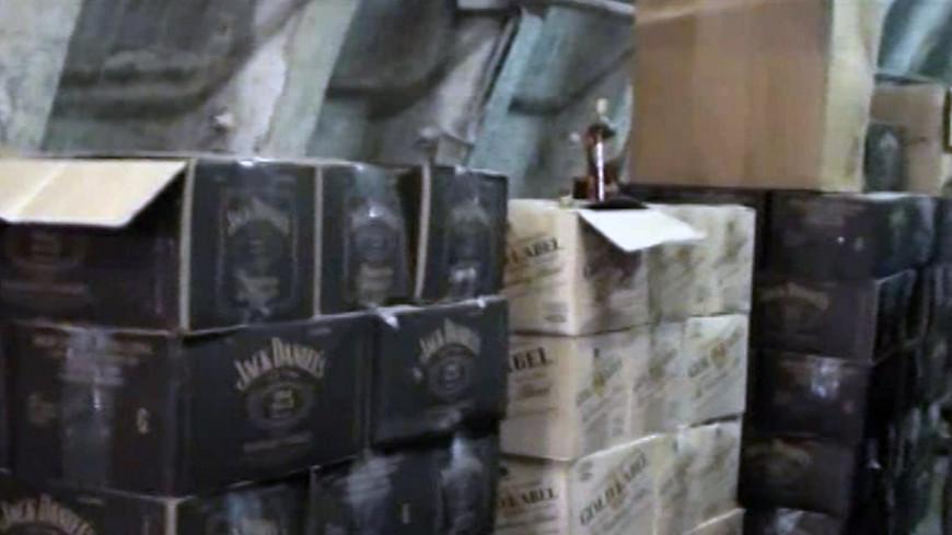 В Астане судоисполнители продавали изымаемый из продажи алкоголь