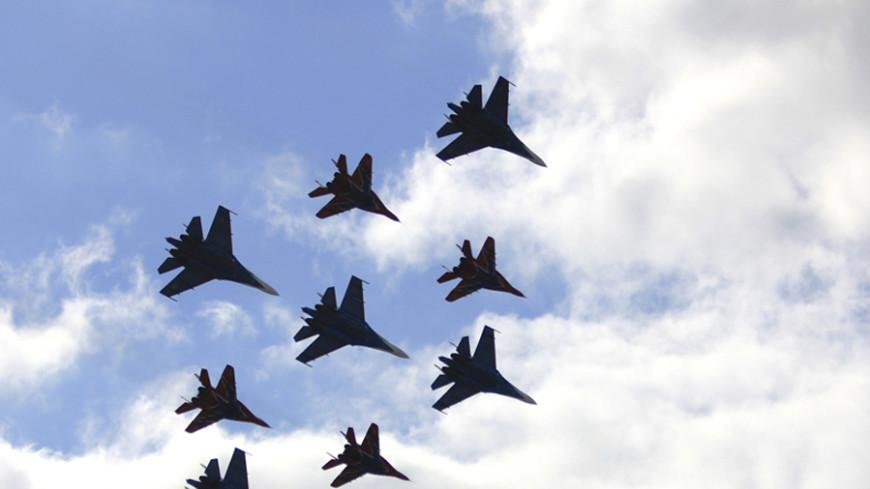 «Стрижи» и «Русские витязи» выступят 9 мая в небе над Севастополем