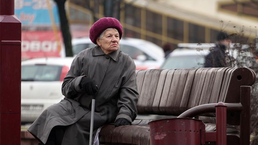 Следить за правопорядком в Караганде за вознаграждение будут бабушки