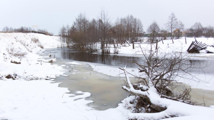 В Якутии за один день под лед провалились пять автомобилей