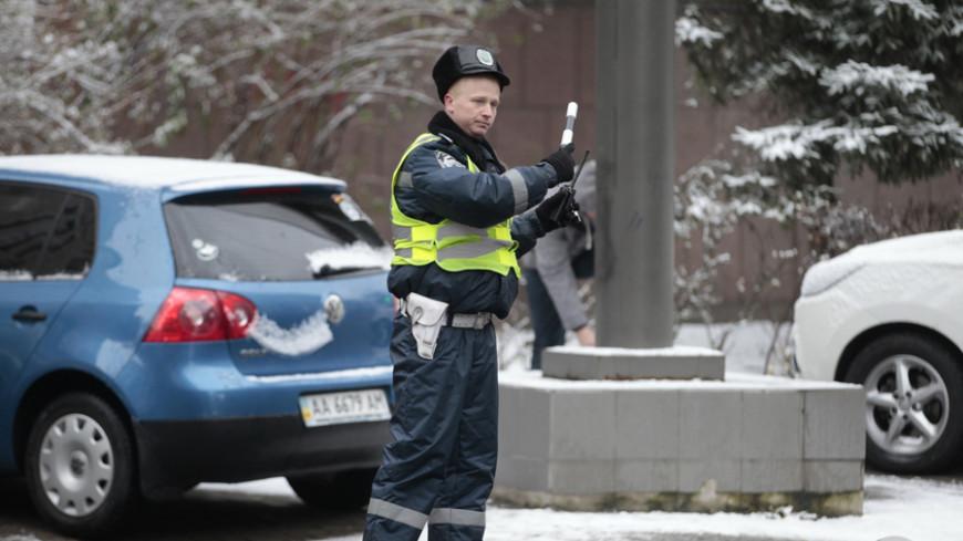 В Кирове мертвый полицейский протаранил иномарку