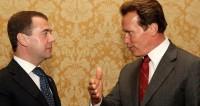Медведев поздравил Шварценеггера с 70-летием