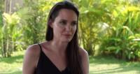 Джоли после развода с Питтом подкосил паралич