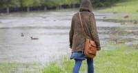 Коварный дождь: как на работе не «чавкать» ботинками и не хлюпать носом