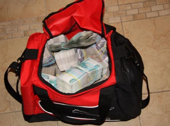 Почти 50 миллионов рублей: рекордная взятка в Москве