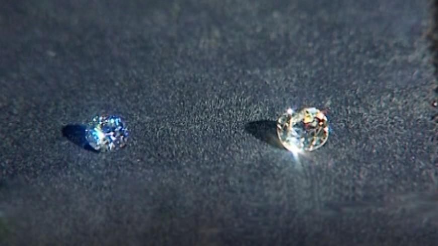 Крупнейший вмире алмаз Lesedi laRona хотят  распилить для продажи