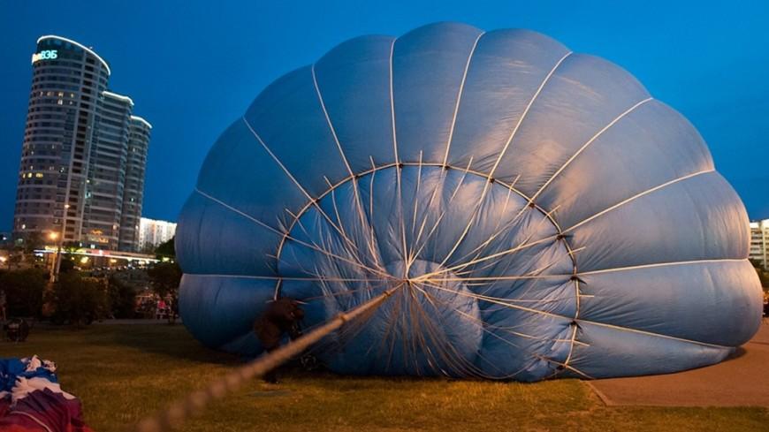 Воздушный шар сел воФлориде в водоем саллигаторами