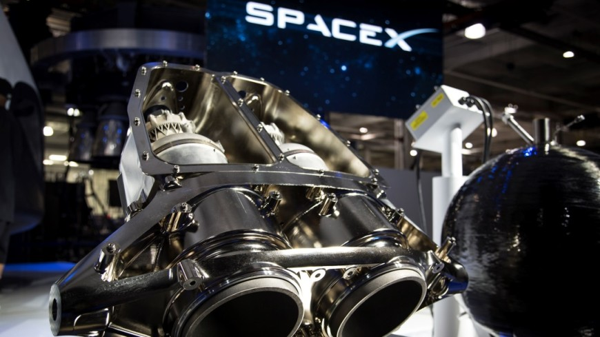 Элон Маск назвал дату запуска Falcon Heavy